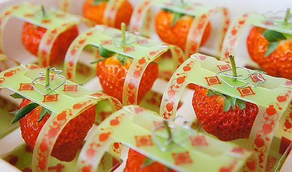【5名に当たる!】 「いつも旬!」1粒500円のイチゴ12粒セットプレゼント!