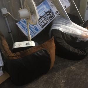 【豊田市三軒町】窓用エアコン、ソファーなどの出張不用品回収・処分ご依頼