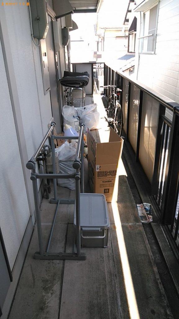 【安城市】遺品整理に伴いPCデスク、カーペット、ラック、家具、小型家電等の回収